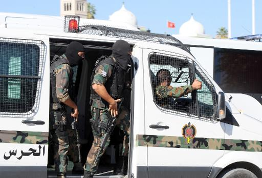 afp_policeman_militants_killed_in_tunis_firefight