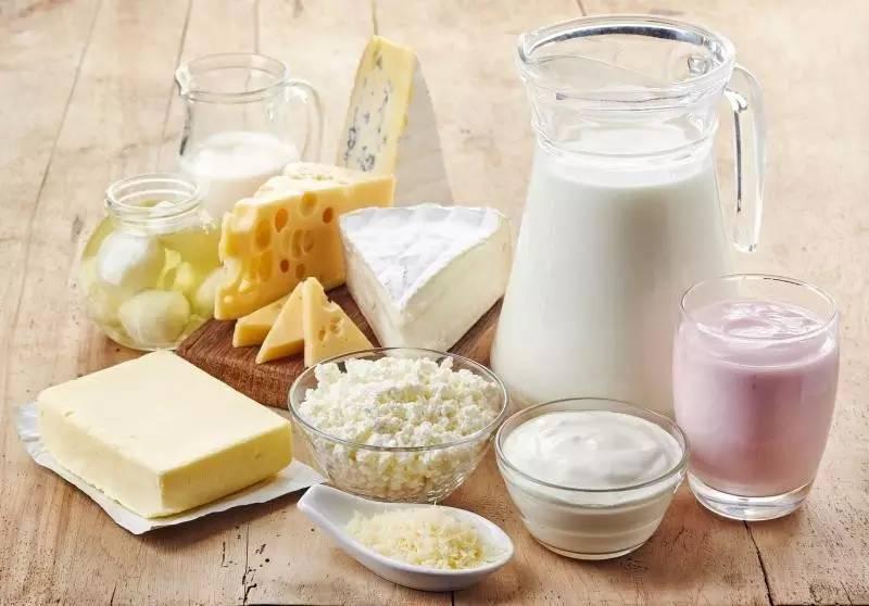 منتوجات الحليب ومشتقاته